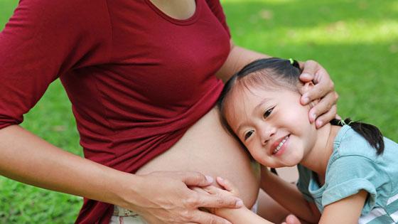 Manfaat Punya Orangtua yang Ikut Keluarga Berencana bagi Si Anak Sulung