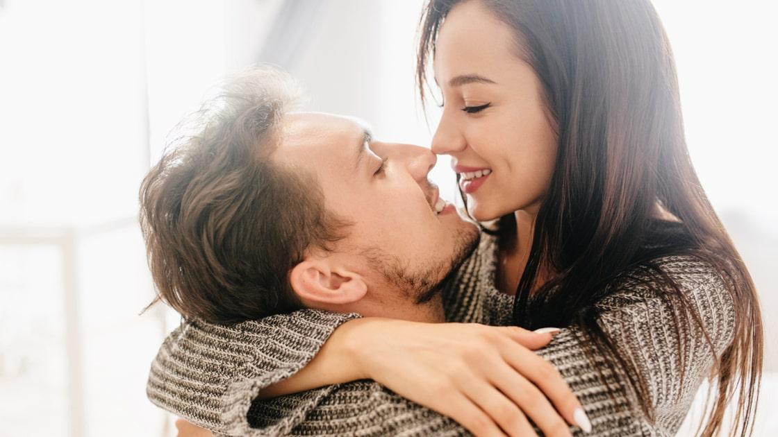 infeksi-menular-seksual-ciuman