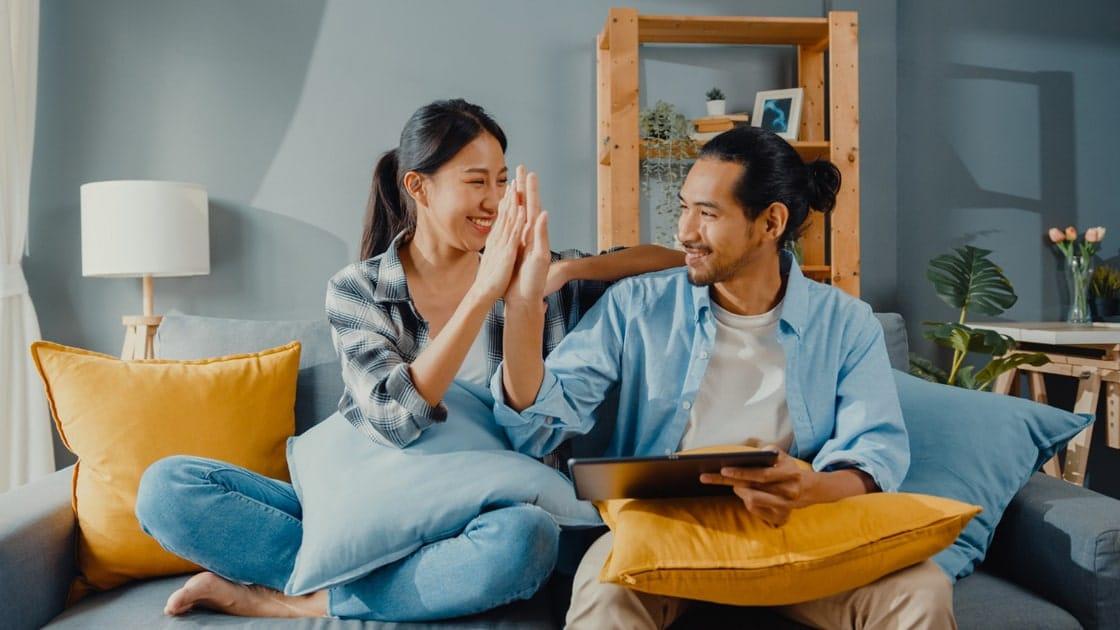 5 Alasan Mengapa Pasangan Muda Perlu Kontrasepsi